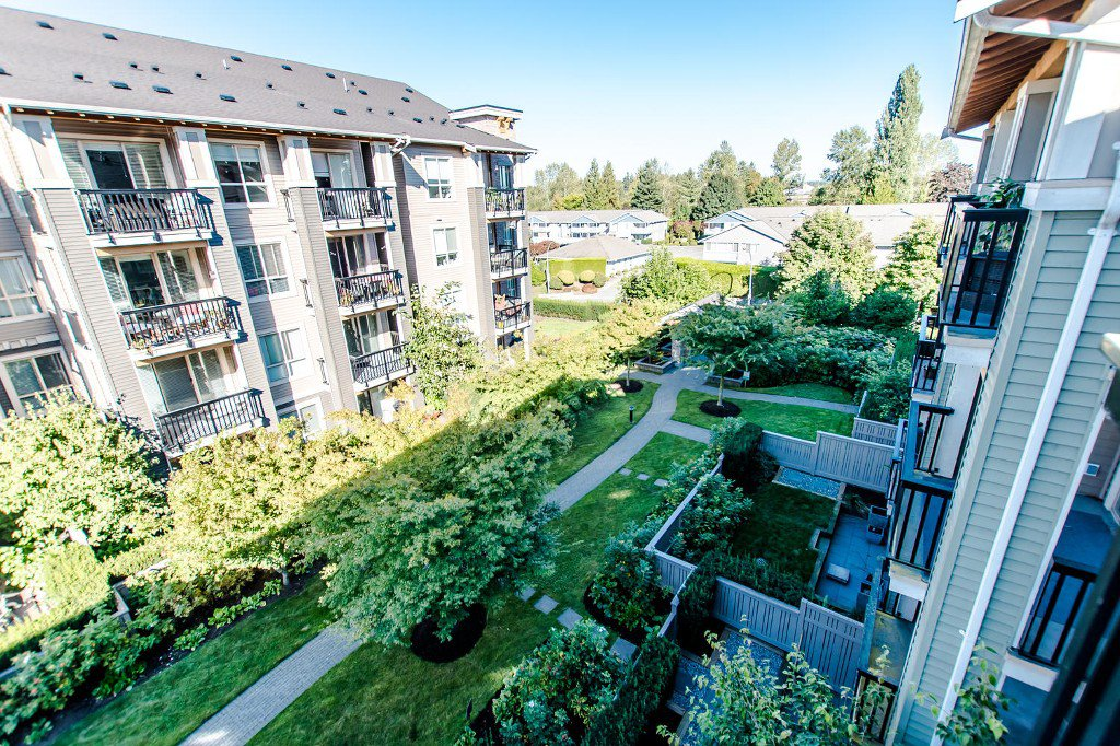 Photo 20: Photos: #417 21009 56 Avenue: Langley City Condo for sale (Langley)  : MLS®# R2210184