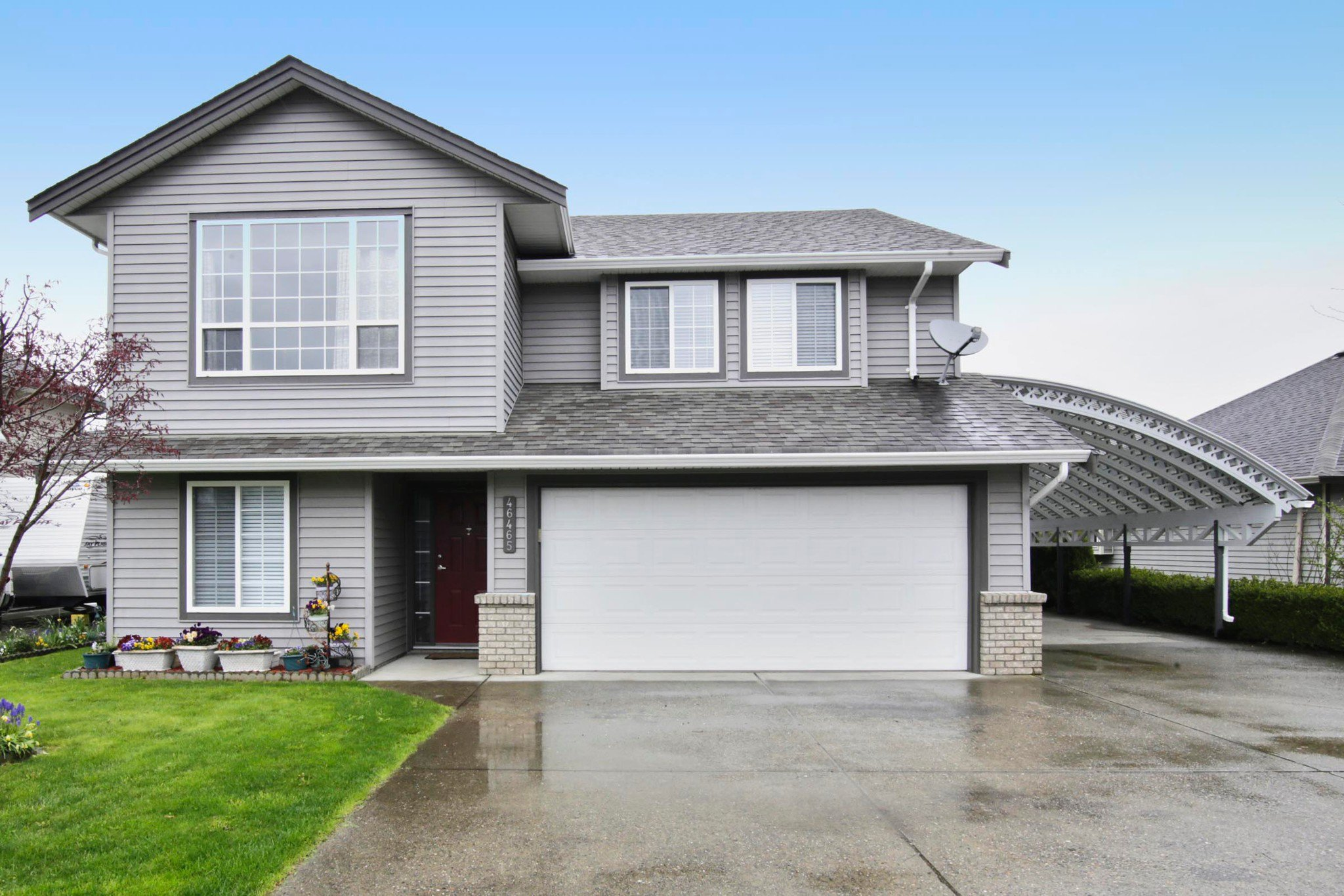 Main Photo: 46465 Ranchero Drive in Chilliwack: Sardis East Vedder Rd House for sale : MLS®# R2257143