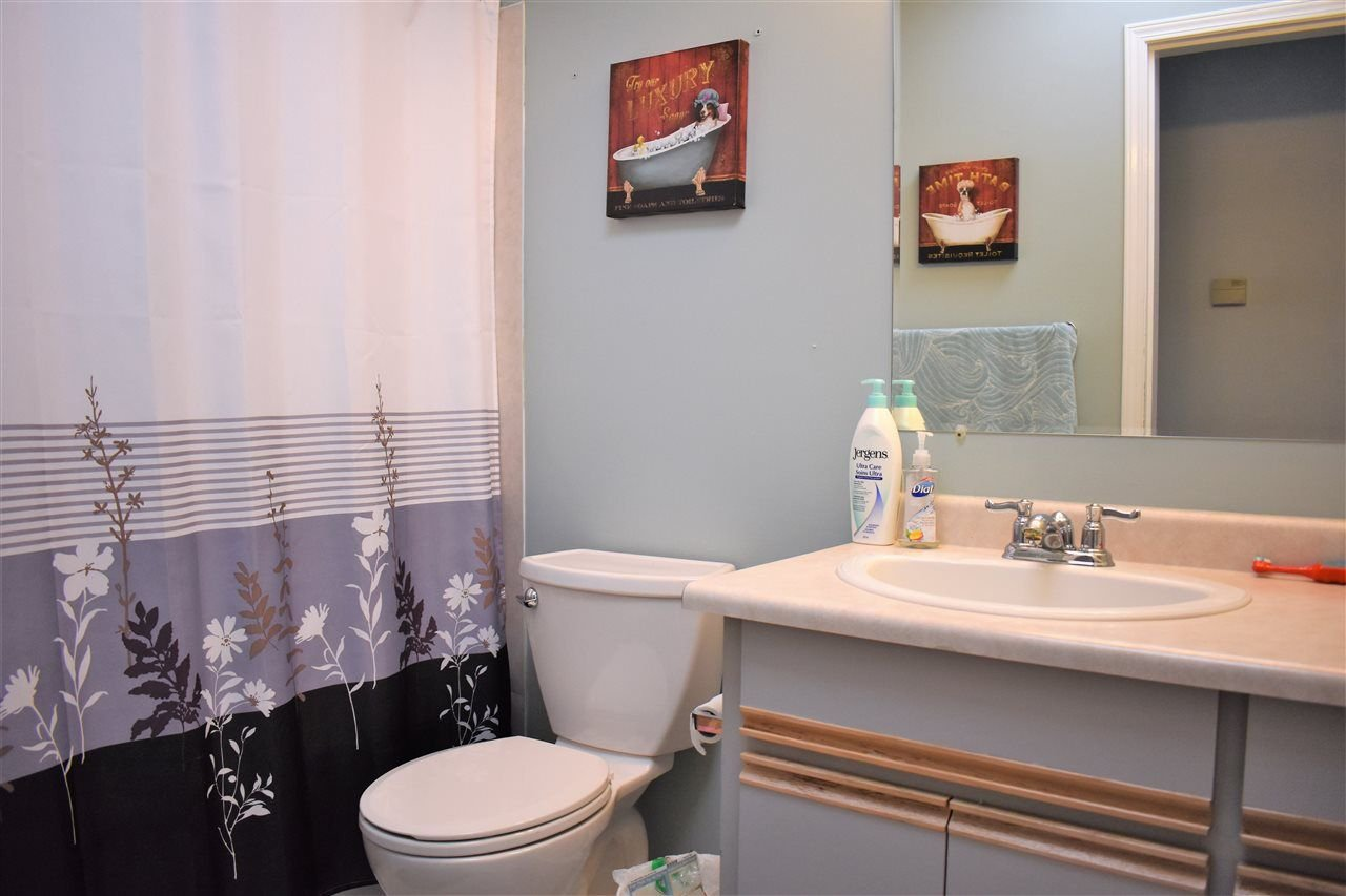 """Photo 12: Photos: 33524 KNIGHT Avenue in Mission: Mission BC House for sale in """"Hillside"""" : MLS®# R2265480"""