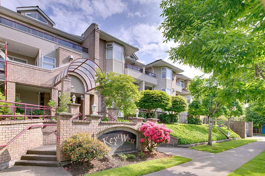 "Main Photo: 309 1999 SUFFOLK Avenue in Port Coquitlam: Glenwood PQ Condo for sale in ""Key West"" : MLS®# R2268987"