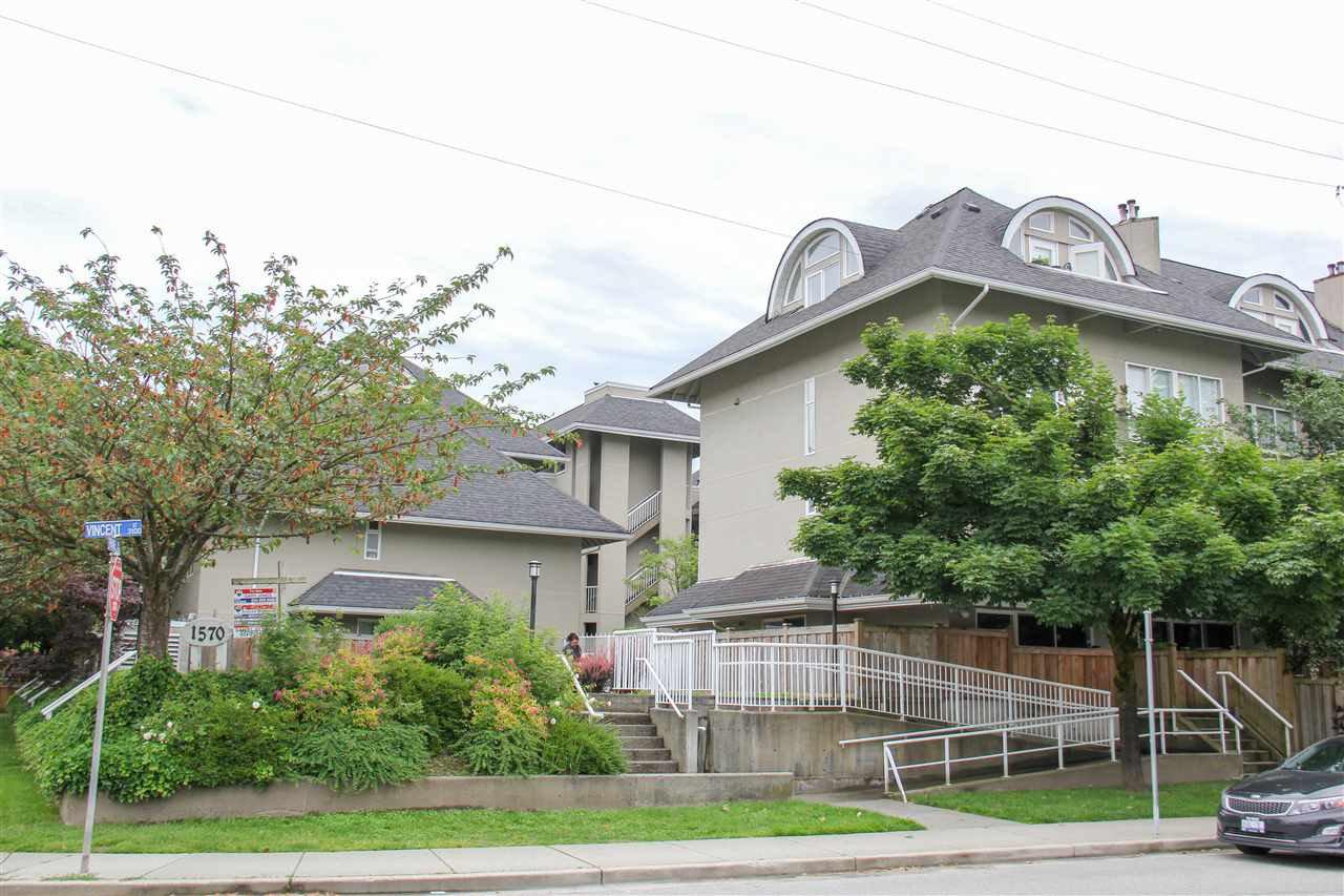 "Main Photo: 116 1570 PRAIRIE Avenue in Port Coquitlam: Glenwood PQ Condo for sale in ""VIOLAS"" : MLS®# R2316513"