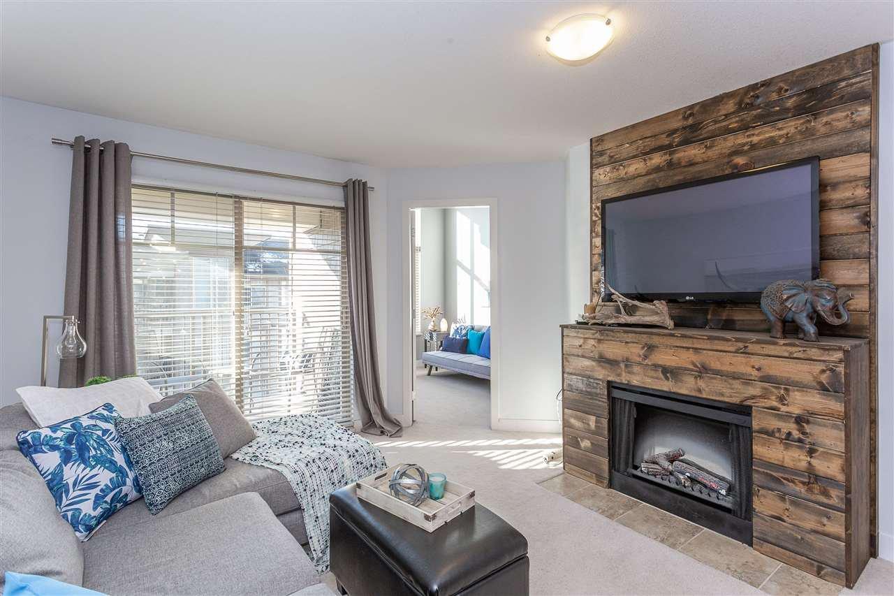 "Main Photo: 406 12248 224 Street in Maple Ridge: East Central Condo for sale in ""URBANO"" : MLS®# R2338638"