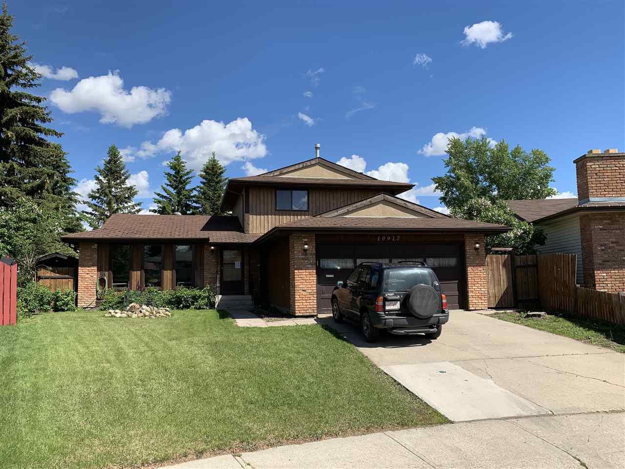 Main Photo: 10917 167A Avenue in Edmonton: Zone 27 House for sale : MLS®# E4161586