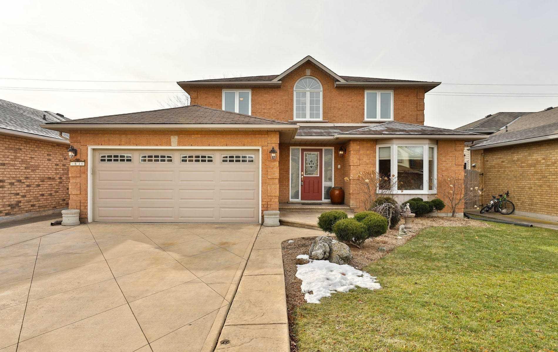 Main Photo: 63 Riviera Ridge in Hamilton: Stoney Creek House (2-Storey) for sale : MLS®# X4691570