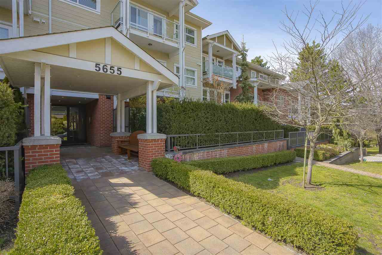 """Main Photo: 210 5655 INMAN Avenue in Burnaby: Central Park BS Condo for sale in """"NORTH PARC"""" (Burnaby South)  : MLS®# R2449470"""