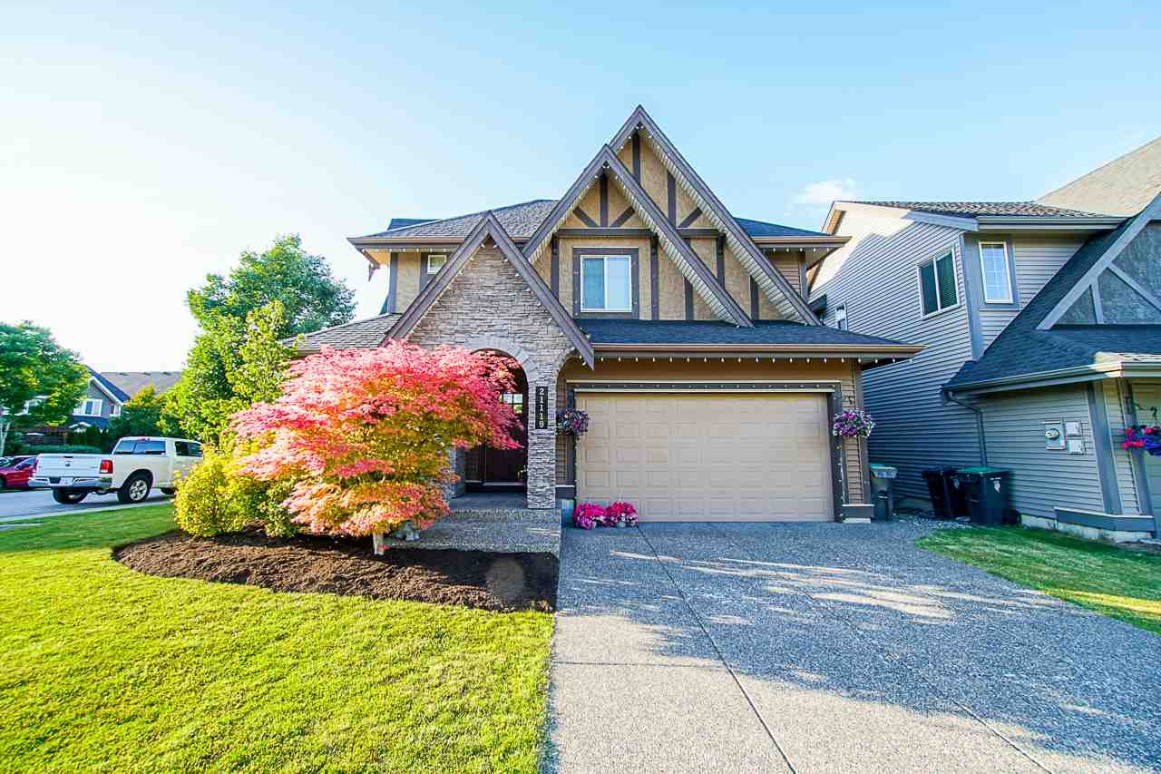 "Main Photo: 21119 78B Avenue in Langley: Willoughby Heights House for sale in ""YORKSON"" : MLS®# R2463226"