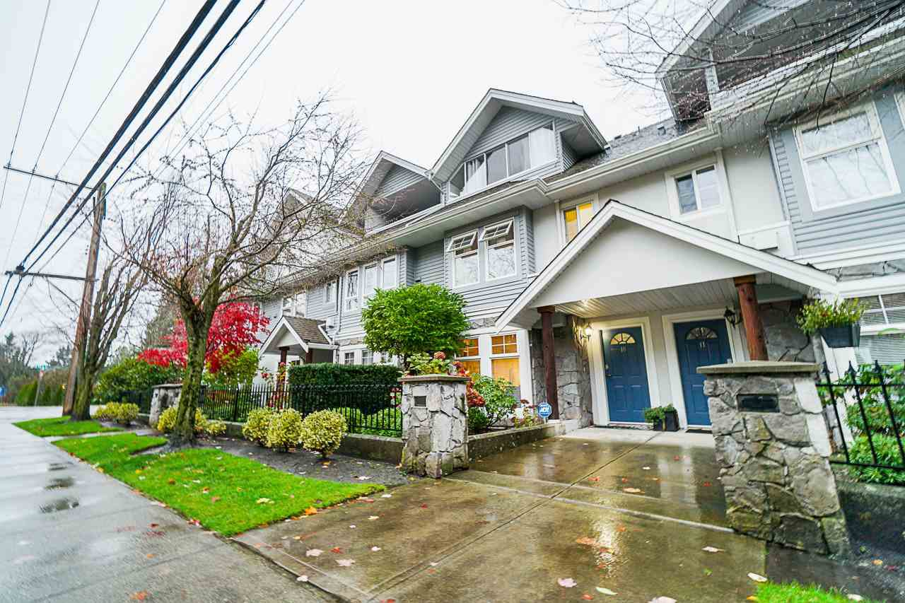 "Main Photo: 10 15432 16A Avenue in Surrey: King George Corridor Townhouse for sale in ""Carlton Court"" (South Surrey White Rock)  : MLS®# R2513955"