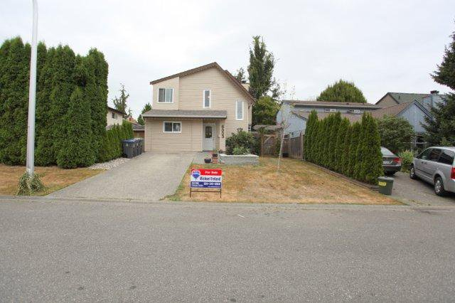 Main Photo: 6003  BROOKS CR in Surrey: Cloverdale BC House for sale (Cloverdale)  : MLS®# F1314322