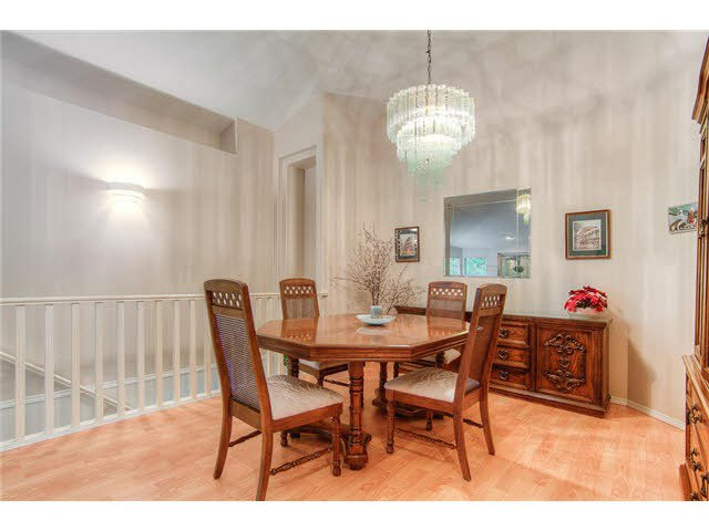 Photo 7: Photos: 69 101 PARKSIDE Drive in Port Moody: Heritage Mountain Townhouse for sale : MLS®# V1090670