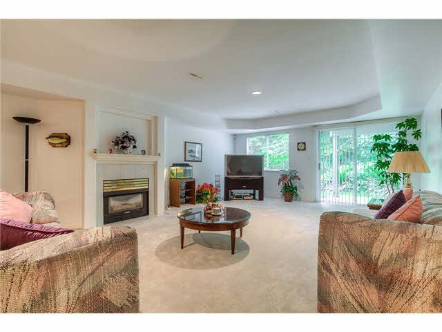 Photo 12: Photos: 69 101 PARKSIDE Drive in Port Moody: Heritage Mountain Townhouse for sale : MLS®# V1090670
