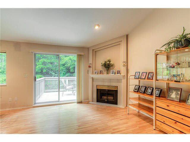Photo 6: Photos: 69 101 PARKSIDE Drive in Port Moody: Heritage Mountain Townhouse for sale : MLS®# V1090670