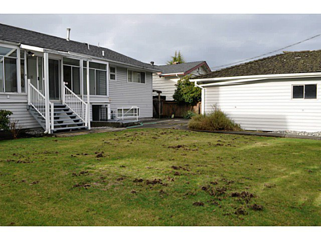 "Photo 7: Photos: 5962 FREMLIN Street in Vancouver: Oakridge VW House for sale in ""OAKRIDGE"" (Vancouver West)  : MLS®# V1100712"
