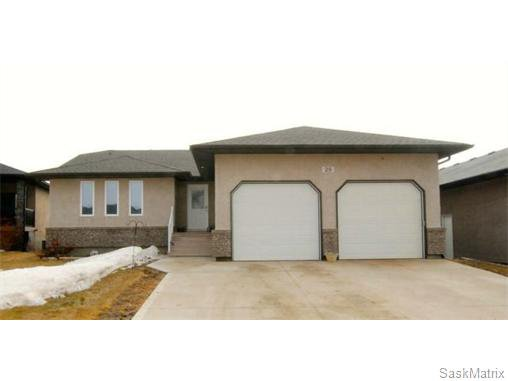 Main Photo: 29 WAGMAN Bay: Balgonie Single Family Dwelling for sale (Regina NE)  : MLS®# 527894