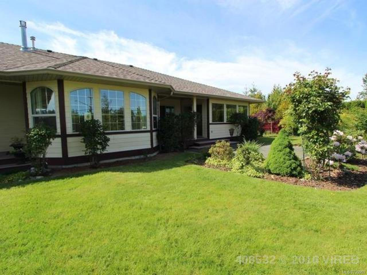Main Photo: 944 Brooks Pl in COURTENAY: CV Courtenay East House for sale (Comox Valley)  : MLS®# 730969
