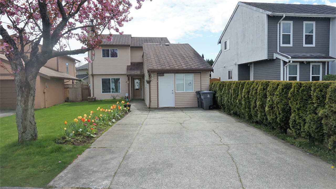 Main Photo: 12930 74 Avenue in Surrey: West Newton House for sale : MLS®# R2159599