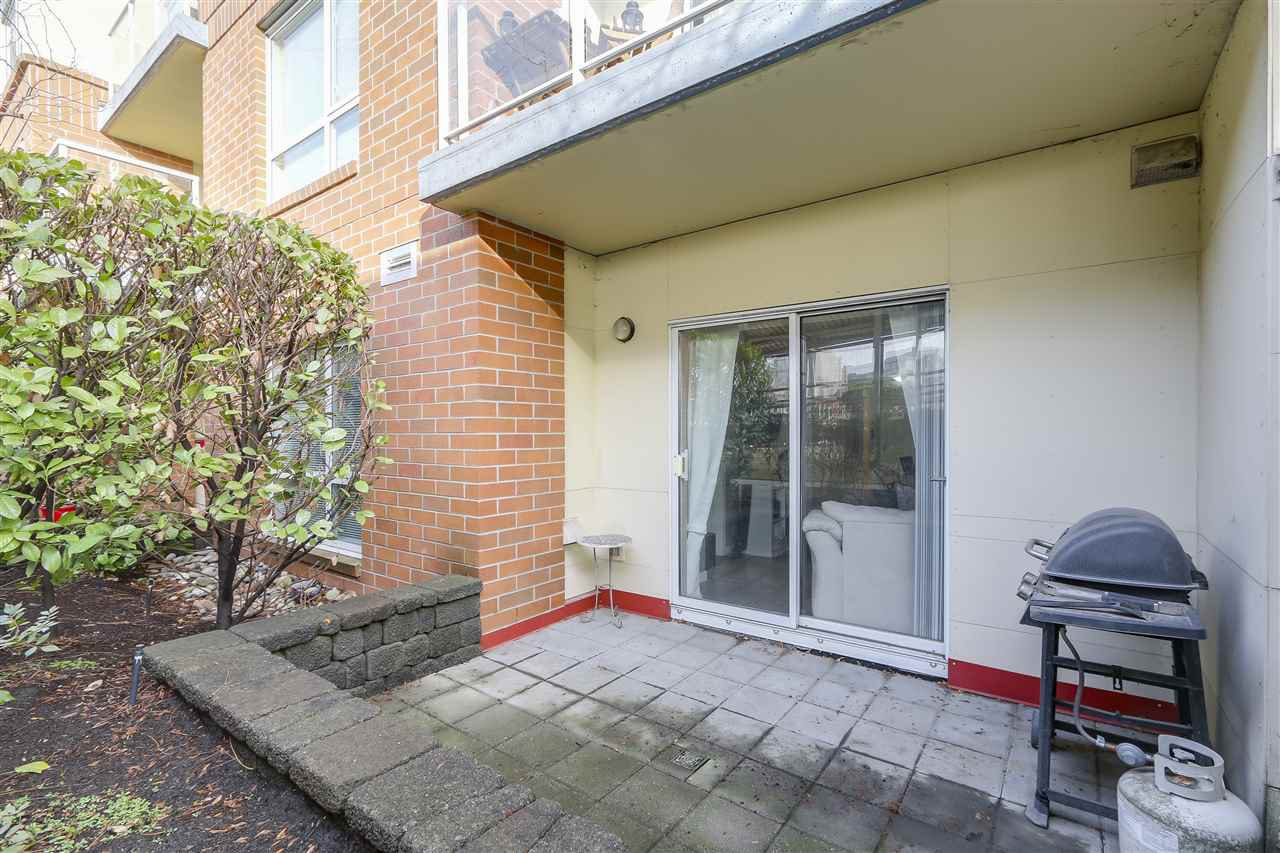 "Photo 13: Photos: 109 200 KEARY Street in New Westminster: Sapperton Condo for sale in ""The Anvil"" : MLS®# R2225667"