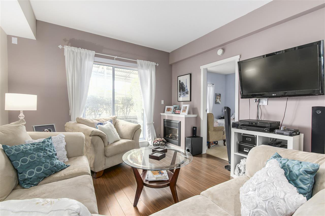 "Photo 4: Photos: 109 200 KEARY Street in New Westminster: Sapperton Condo for sale in ""The Anvil"" : MLS®# R2225667"