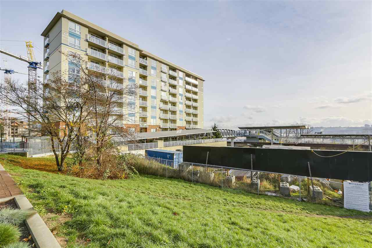 "Photo 1: Photos: 109 200 KEARY Street in New Westminster: Sapperton Condo for sale in ""The Anvil"" : MLS®# R2225667"