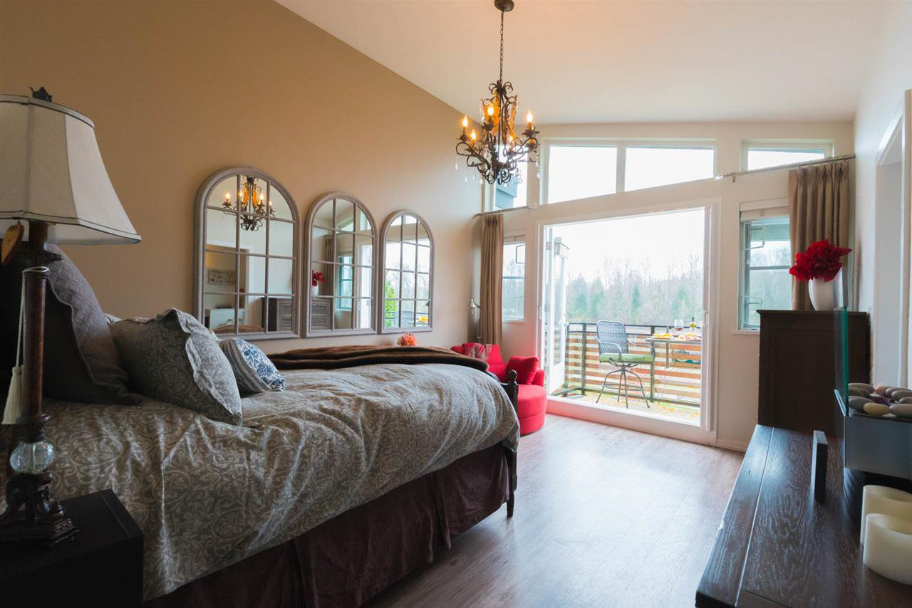 "Photo 13: Photos: 5 23215 BILLY BROWN Road in Langley: Fort Langley Townhouse for sale in ""WATERFRONT AT BEDFORD LANDING"" : MLS®# R2269680"