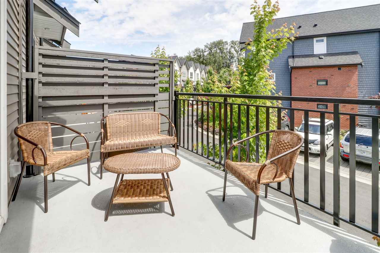 "Photo 7: Photos: 66 2380 RANGER Lane in Port Coquitlam: Riverwood Townhouse for sale in ""Fremont Indigo"" : MLS®# R2276000"