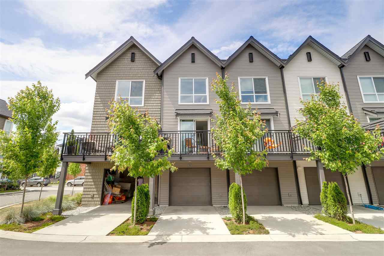 "Photo 2: Photos: 66 2380 RANGER Lane in Port Coquitlam: Riverwood Townhouse for sale in ""Fremont Indigo"" : MLS®# R2276000"