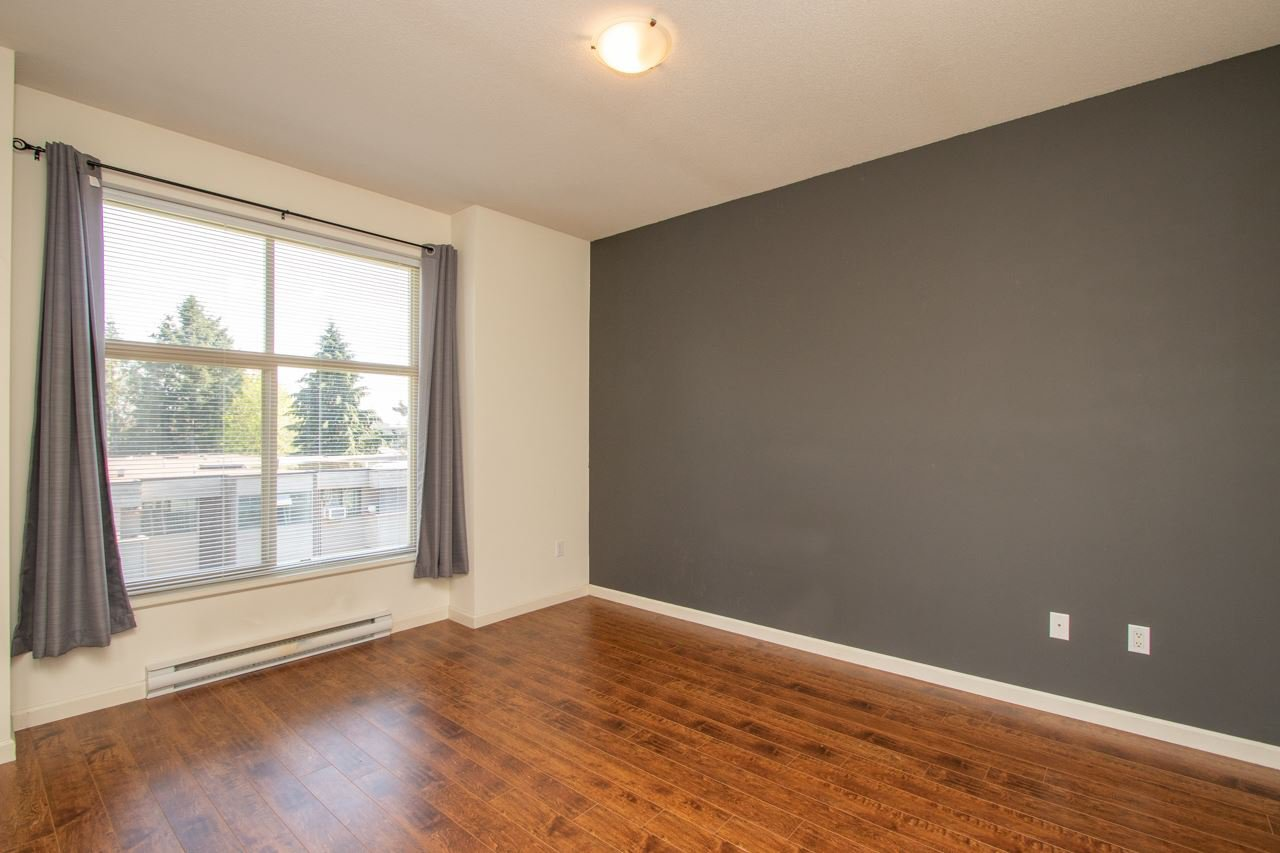 """Photo 9: Photos: 414 2477 KELLY Avenue in Port Coquitlam: Central Pt Coquitlam Condo for sale in """"SOUTH VERDE"""" : MLS®# R2363259"""