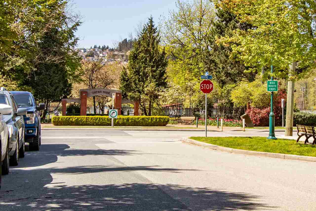 """Photo 19: Photos: 414 2477 KELLY Avenue in Port Coquitlam: Central Pt Coquitlam Condo for sale in """"SOUTH VERDE"""" : MLS®# R2363259"""