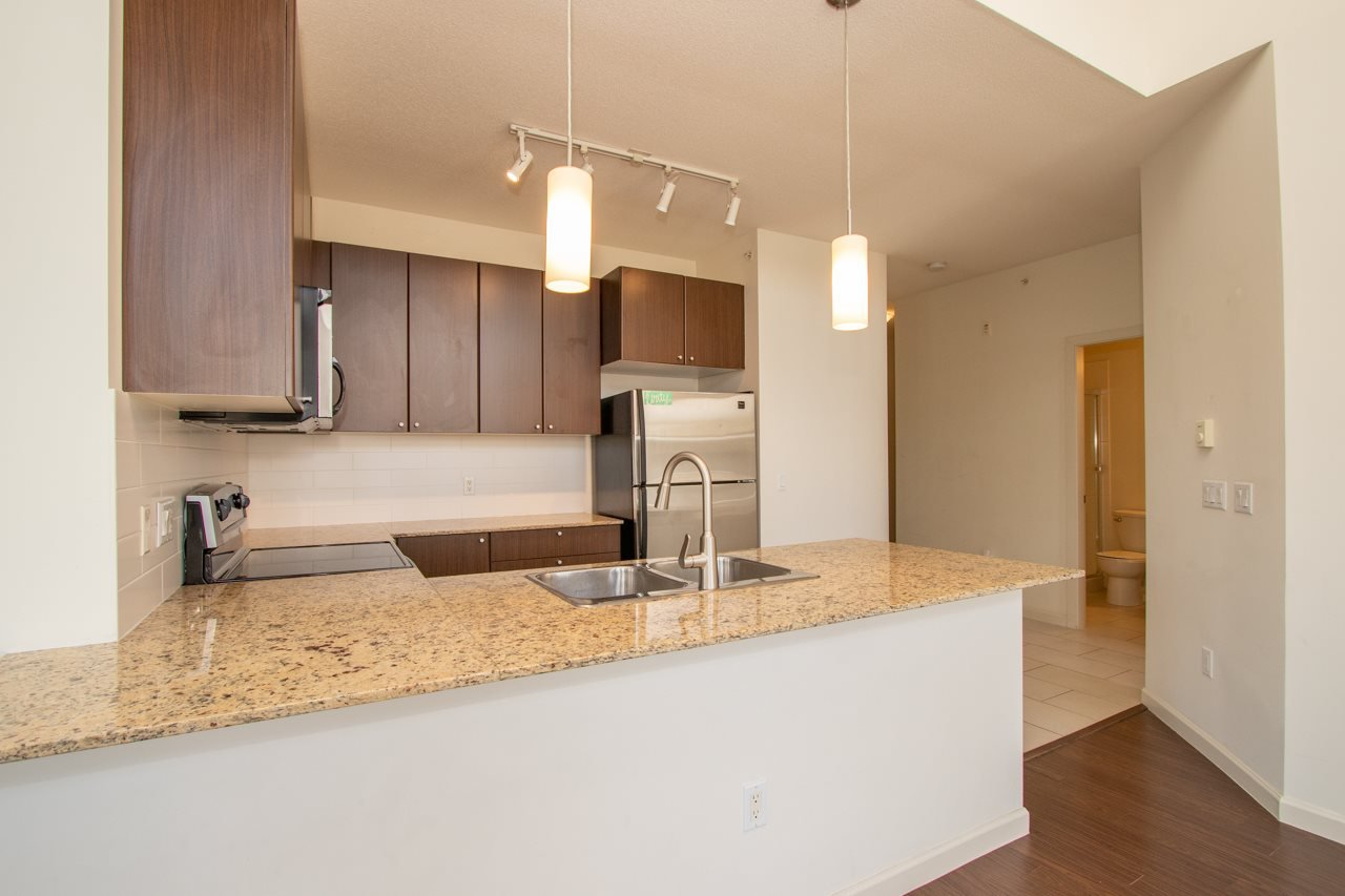 """Photo 17: Photos: 414 2477 KELLY Avenue in Port Coquitlam: Central Pt Coquitlam Condo for sale in """"SOUTH VERDE"""" : MLS®# R2363259"""