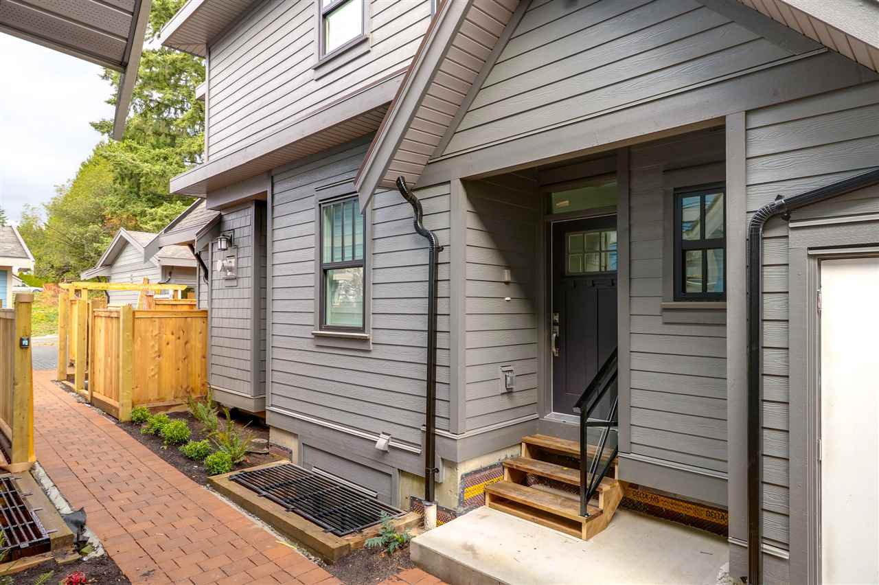 Main Photo: 104 635 GAUTHIER Avenue in Coquitlam: Coquitlam West Townhouse for sale : MLS®# R2398661