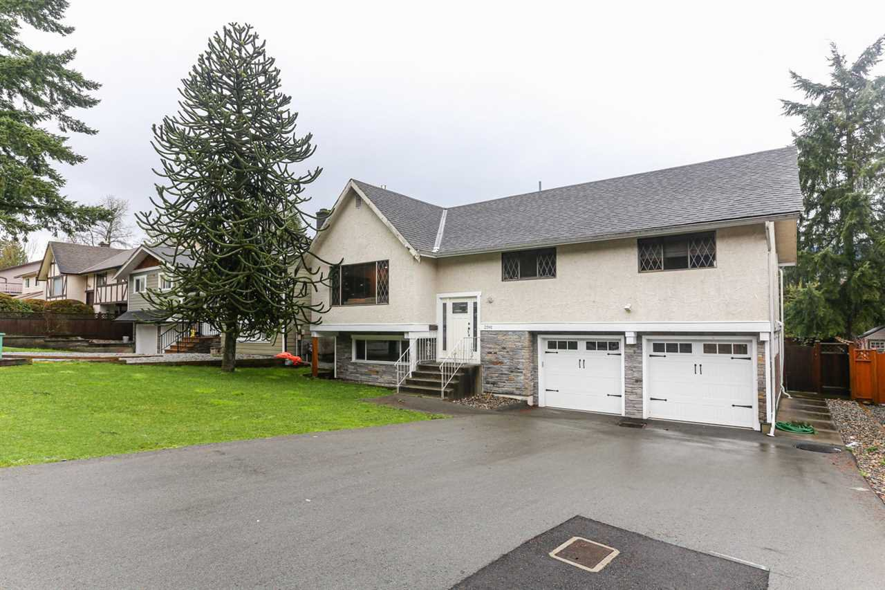 Main Photo: 2591 PASSAGE Drive in Coquitlam: Ranch Park House for sale : MLS®# R2430534