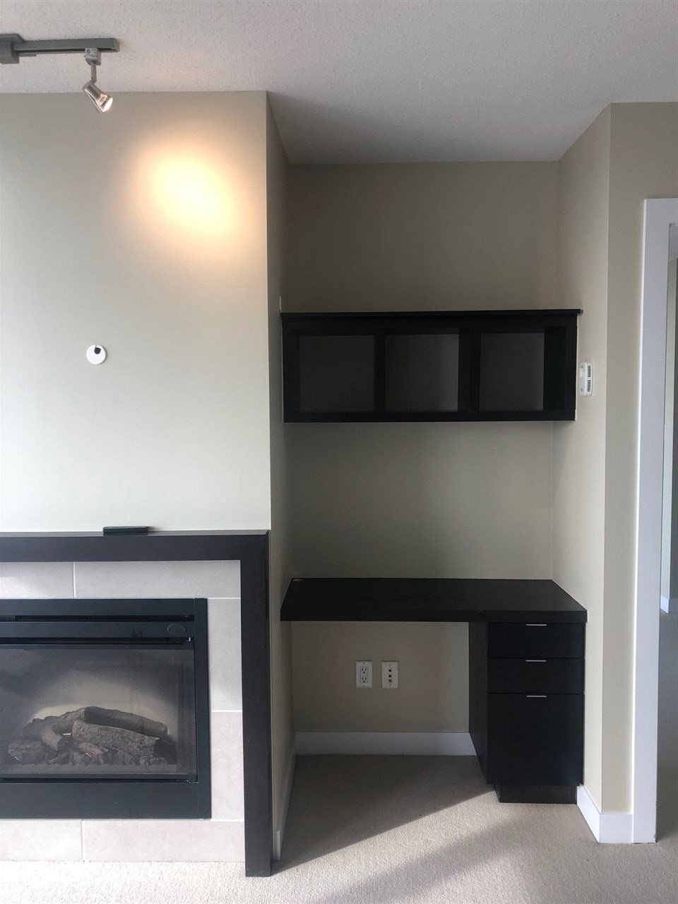 """Photo 11: Photos: 2206 7328 ARCOLA Street in Burnaby: Highgate Condo for sale in """"ESPRIT SOUTH"""" (Burnaby South)  : MLS®# R2435579"""