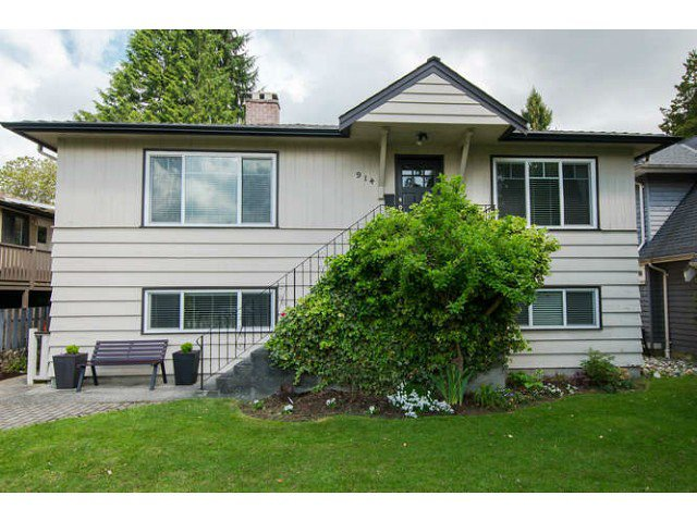Main Photo: 914 E 13TH Street in North Vancouver: Boulevard House for sale : MLS®# V1062796