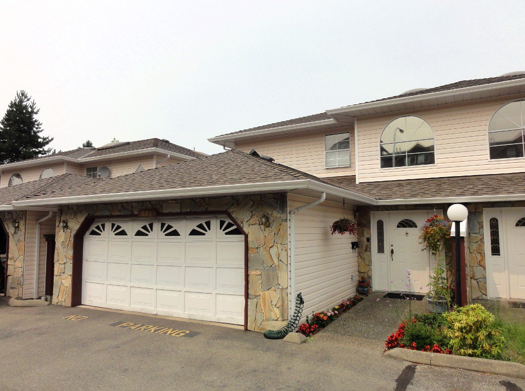 "Main Photo: 12025 68TH Avenue in Surrey: West Newton Townhouse for sale in ""GLENWOOD VILLAGE HEIGHTS"" : MLS®# F1446618"