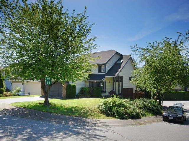 Main Photo: 2966 LOTUS Court in Coquitlam: Canyon Springs House for sale : MLS®# R2077105