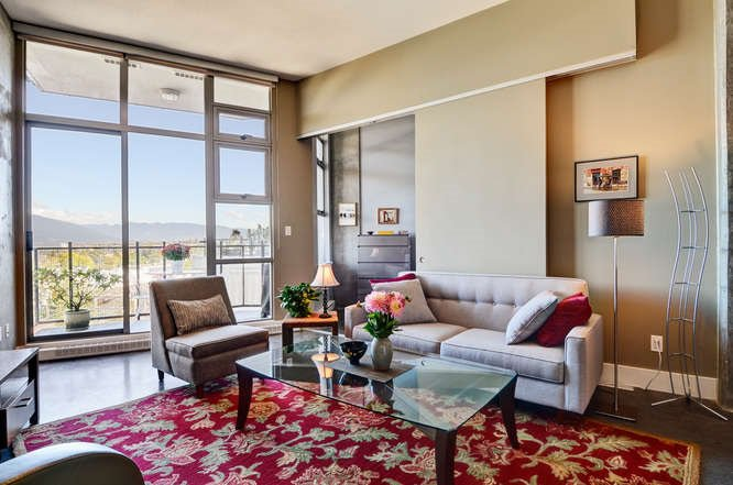"""Main Photo: 508 2635 PRINCE EDWARD Street in Vancouver: Mount Pleasant VE Condo for sale in """"SOMA LOFTS"""" (Vancouver East)  : MLS®# R2113872"""