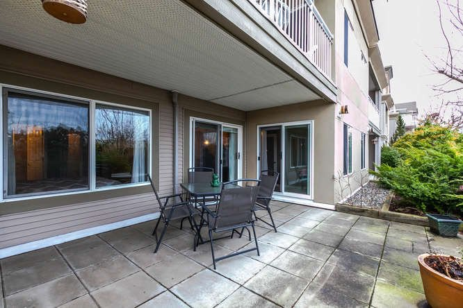 "Photo 14: Photos: 202 6359 198 Street in Langley: Willoughby Heights Condo for sale in ""ROSEWOOD"" : MLS®# R2134314"