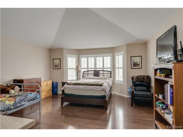 Photo 13: Photos: 151 St Moritz Road in Winnipeg: All Season Estates Residential for sale (3H)  : MLS®# 1704693