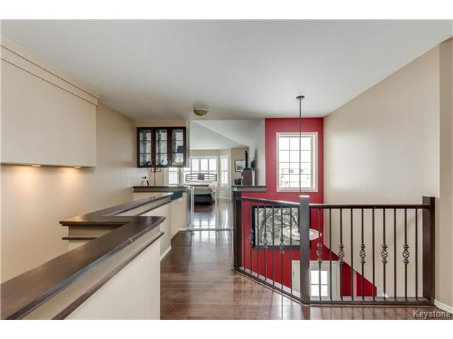 Photo 12: Photos: 151 St Moritz Road in Winnipeg: All Season Estates Residential for sale (3H)  : MLS®# 1704693