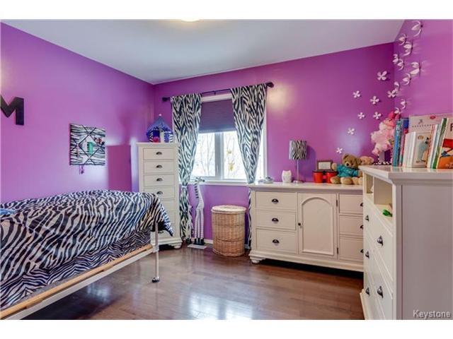 Photo 10: Photos: 151 St Moritz Road in Winnipeg: All Season Estates Residential for sale (3H)  : MLS®# 1704693