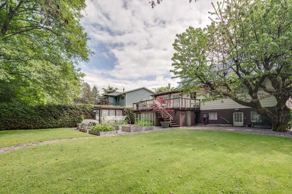 Photo 16: Photos: 38117 WESTWAY Avenue in Squamish: Valleycliffe House for sale : MLS®# R2172639
