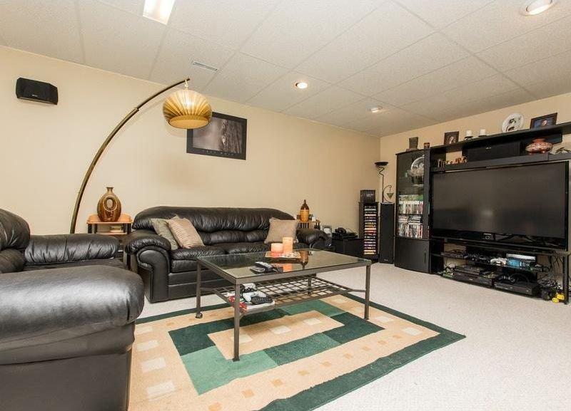 Photo 28: Photos: 229 EDGEBROOK Grove NW in Calgary: Edgemont House for sale : MLS®# C4141318
