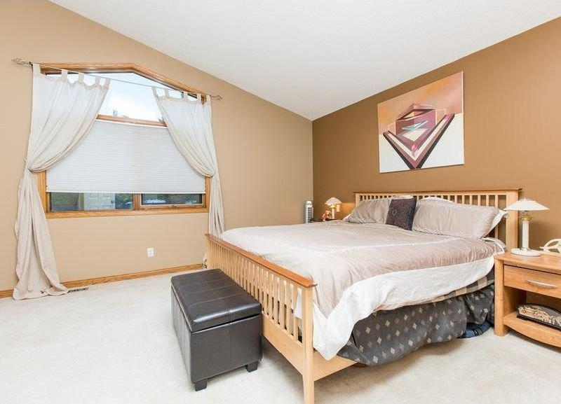 Photo 19: Photos: 229 EDGEBROOK Grove NW in Calgary: Edgemont House for sale : MLS®# C4141318