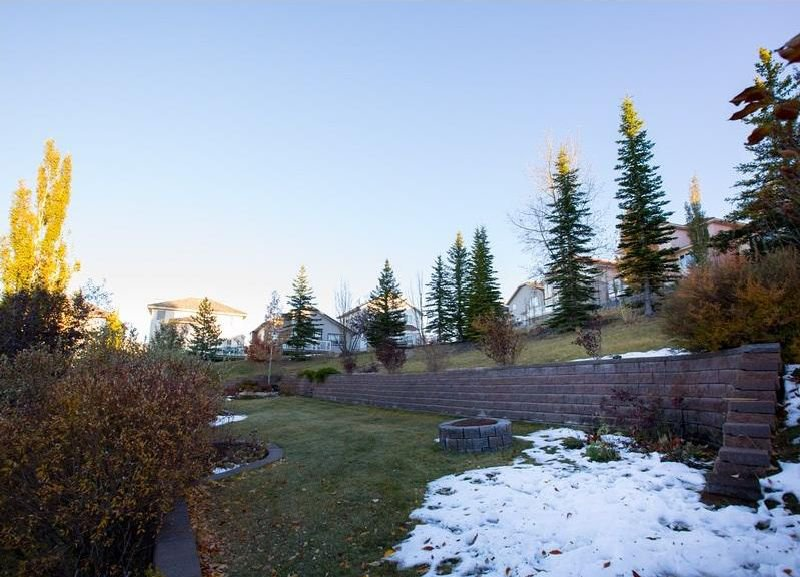 Photo 38: Photos: 229 EDGEBROOK Grove NW in Calgary: Edgemont House for sale : MLS®# C4141318