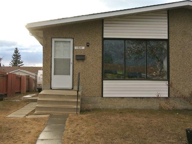 Main Photo: 1508 62 Street NW in Edmonton: House Half Duplex for sale : MLS®# E4014152