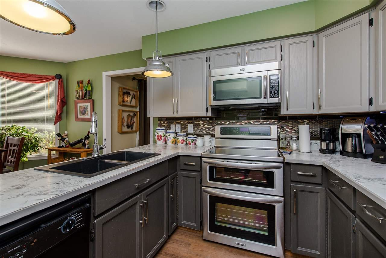 Photo 6: Photos: 3062 CASSIAR Avenue in Abbotsford: Abbotsford East House for sale : MLS®# R2250869