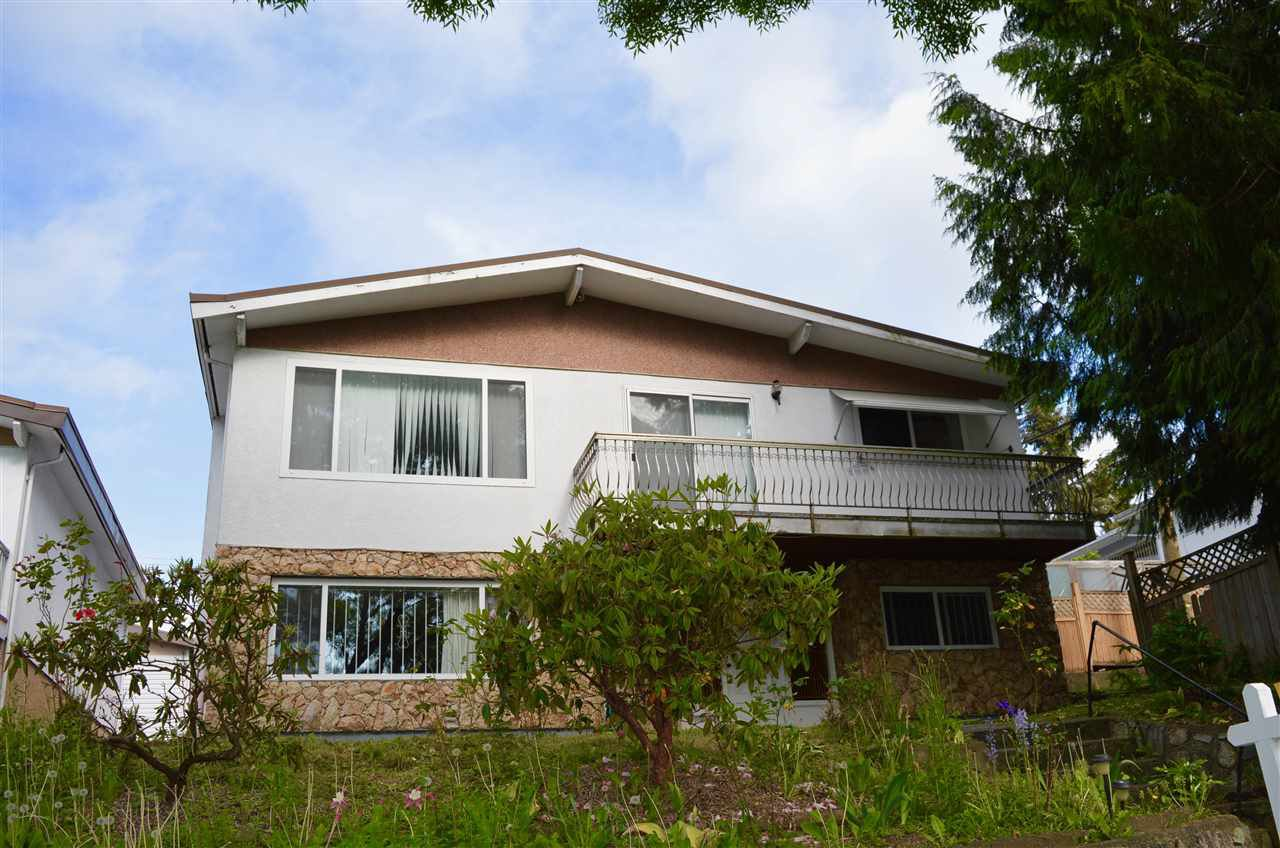 Main Photo: 5660 DUMFRIES Street in Vancouver: Knight House for sale (Vancouver East)  : MLS®# R2257407