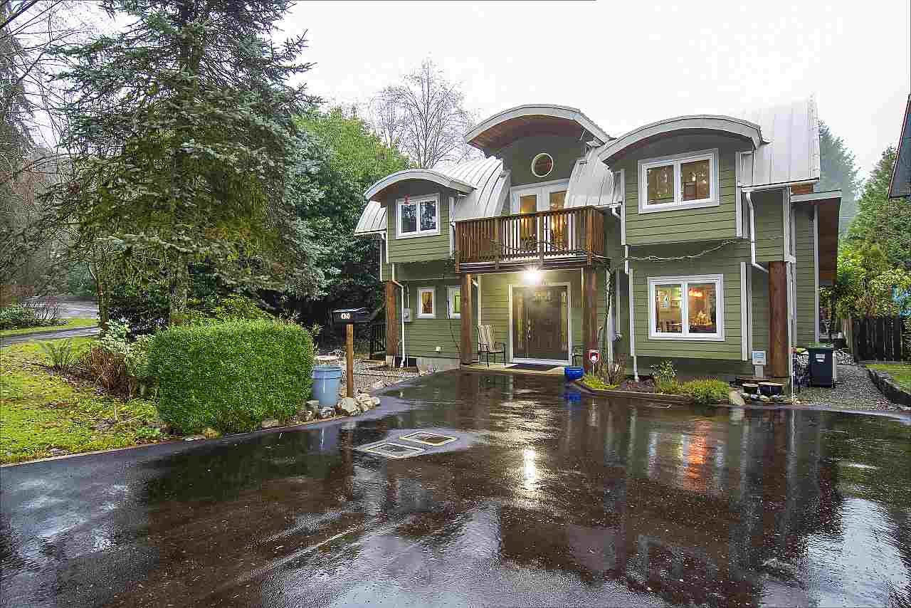 Main Photo: 4360 COVE CLIFF Road in North Vancouver: Deep Cove House for sale : MLS®# R2334083