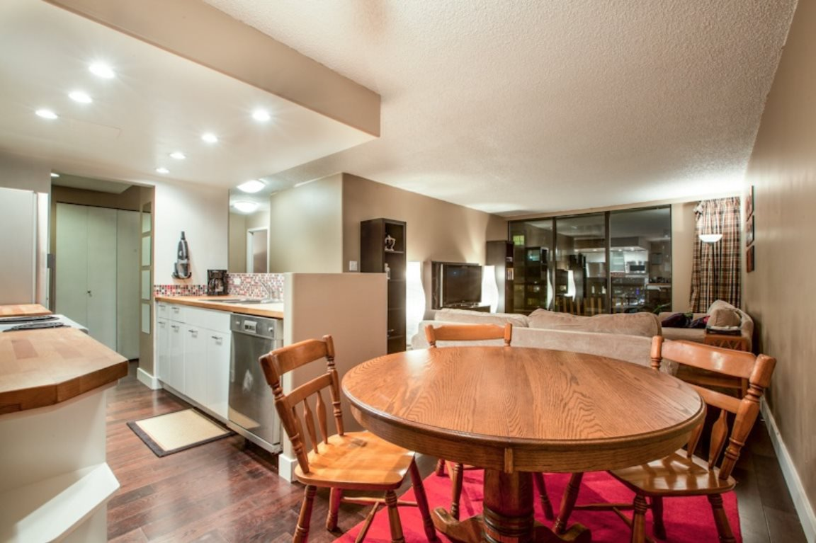 """Photo 8: Photos: 2206 4353 HALIFAX Street in Burnaby: Brentwood Park Condo for sale in """"BRENTWOOD GARDENS"""" (Burnaby North)  : MLS®# R2358209"""