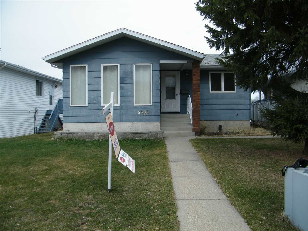 Main Photo: 5308 14 Avenue in Edmonton: Zone 29 House for sale : MLS®# E4152947
