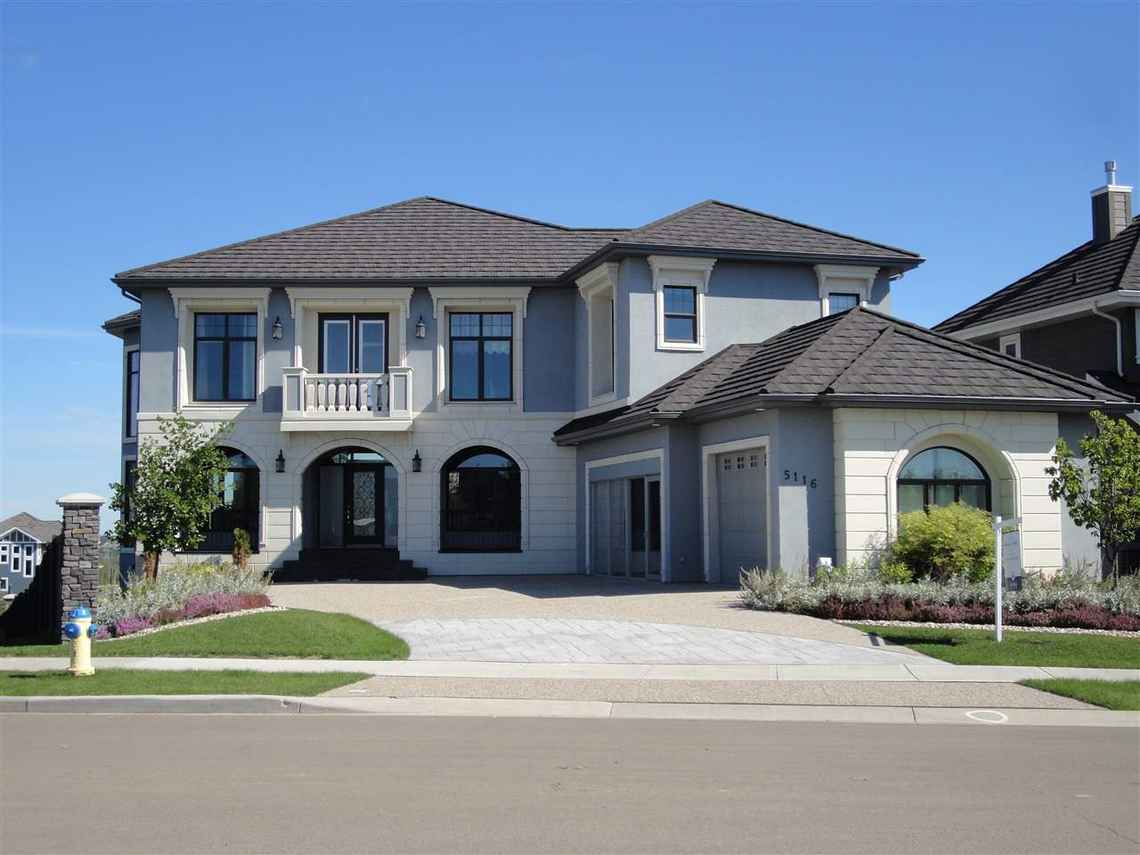 Main Photo: 5116 WOOLSEY Link in Edmonton: Zone 56 House for sale : MLS®# E4197713